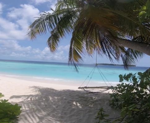 كيف سافرت المالديف لحالي؟